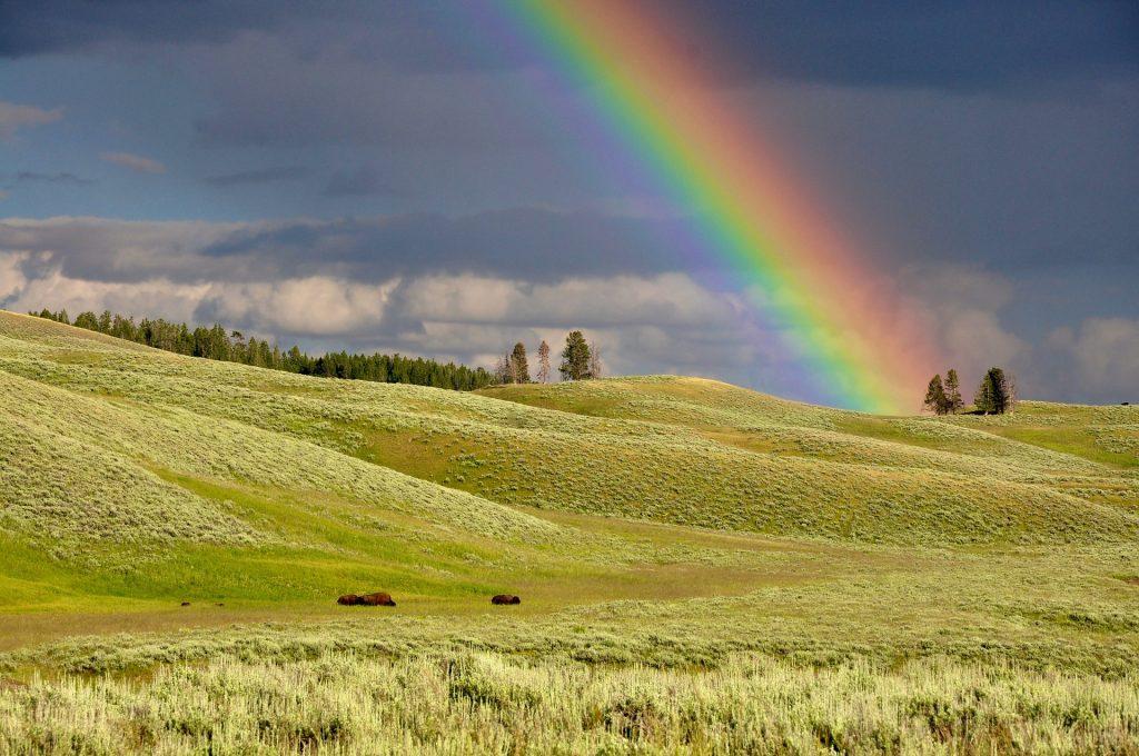 meditation couleurs arc en ciel